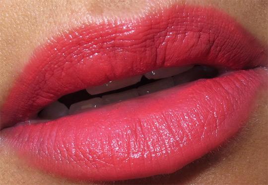 mac venomous villains review swatches photos evil queen toxic tale lipstick