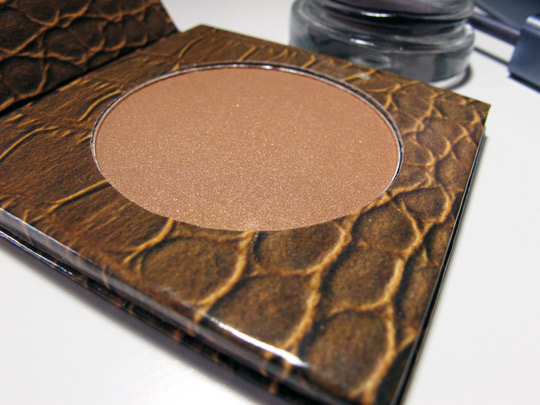 tarte beauty in a box bronze smoky eye swatches review bronzer