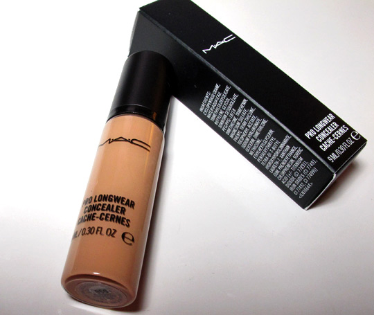 MAC Pro Longwear Concealer Review box and bottle