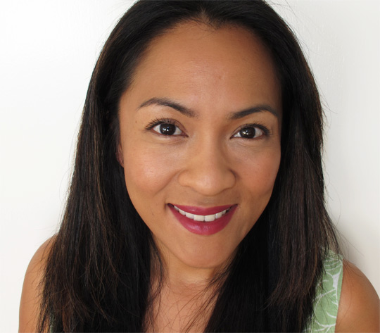 karen wearing hourglass femme rouge lipstick