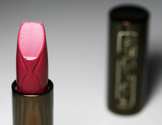 hourglass femme rouge lipstick review