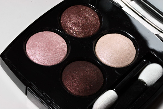 chanel les tentations de chanel holiday 2010 makeup swatches review photos collection tentation cuivre quadra eyeshadow