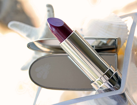 guerlain les ors holiday 2010 rouge g le brilliant b64 bee lipstick open
