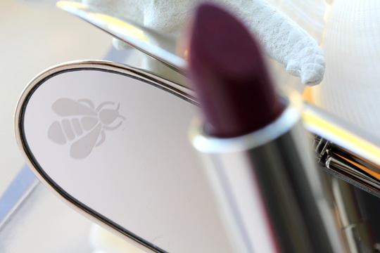 guerlain les ors holiday 2010 rouge g le brilliant b64 bee mirror