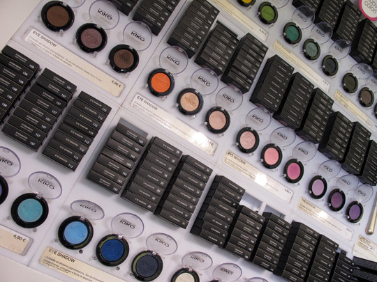 kiko milano eyeshadow display