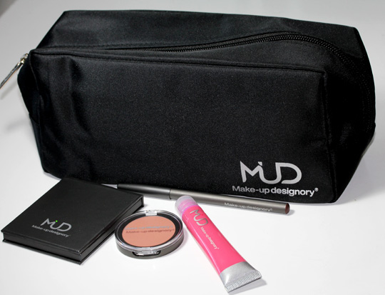 MUD Make Up Designory All That Sparkles Holiday 2010 Collection review swatches photos with bag