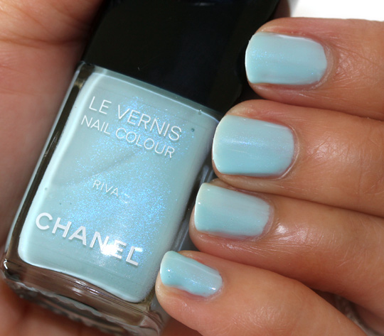 chanel riva le vernis nail colour review swatches photos nails 1