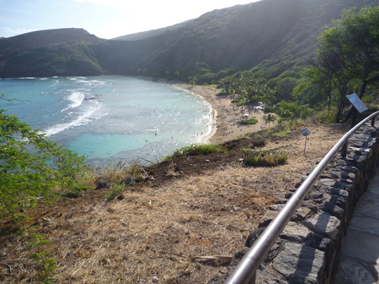 Hanauma Bay, Oahu, Hawaii - Walking down to the water