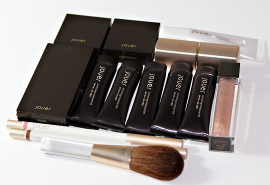 jouer train case review swatches photos 4