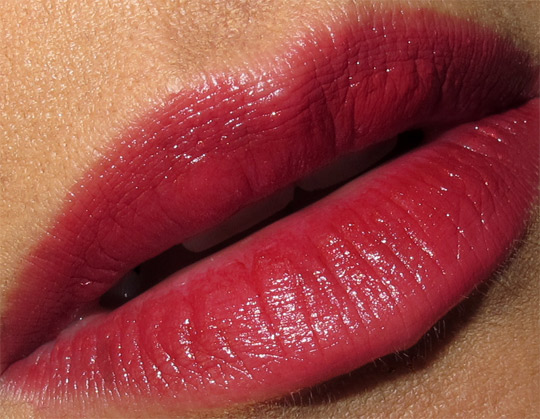 karen of makeup and beauty blog wearing the clarins barocco collection from holiday 2010 lip