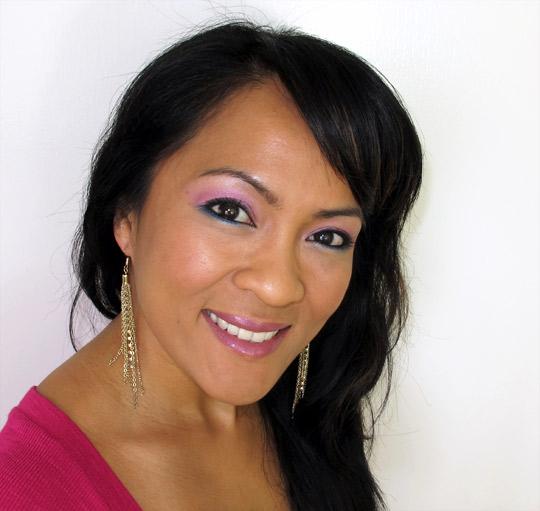 karen of makeup and beauty blog wearing the nyx velvet rope palette 2