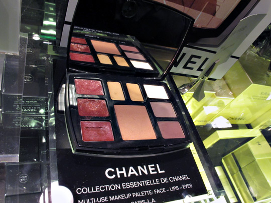 Chanel Collection Essentielle De Chanel Paris-LA Palette review swatches photos 2