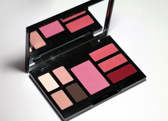 bobbi brown pretty powerful palette open
