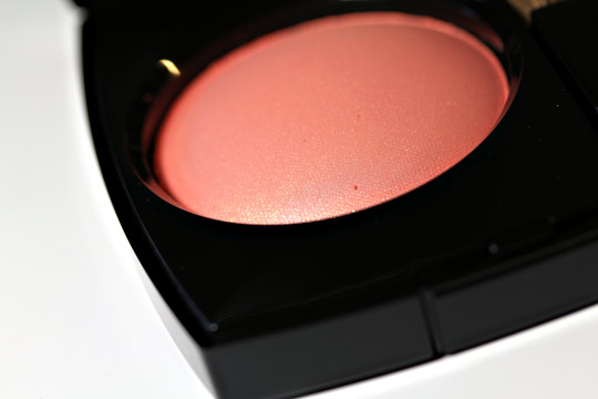 chanel espiegle joues contraste blush spring 2011 closeup
