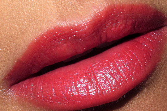 chanel les perles de chanel spring 2011 collection on karen of makeup and beauty blog flamboyante lip swatch