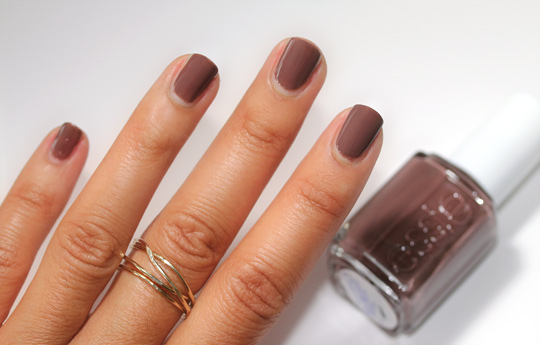 essie winter collection review swatches photos hot coco