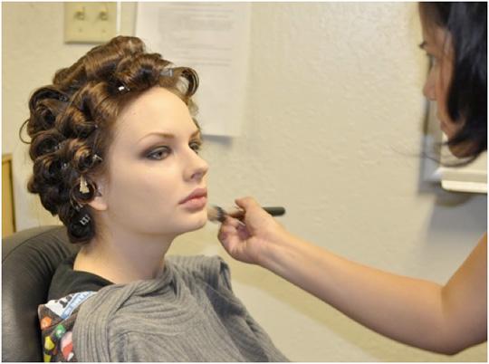 A Makeup Artist's Take on a Magazine Fashion Shoot