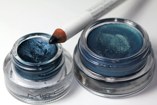 mac delft paintpot, mac siahi fluidline and korres blue petrol