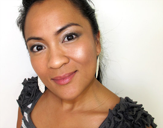 Tarte Provocateur Amazonian Clay Shimmering Powder on Karen of Makeup and Beauty Blog