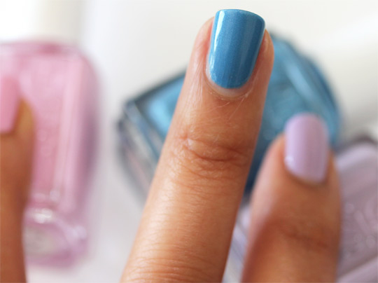 essie coat azure swatch