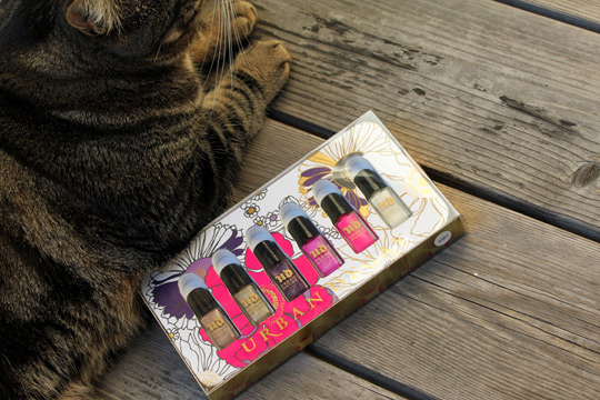 Urban Decay Rollergirl Nail Kit paws