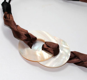 Goody Pearlized Shell Headband
