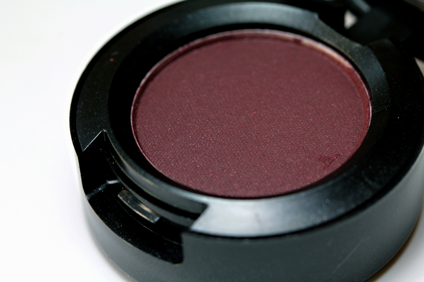 Mac Sketch Eyeshadow Makeup And Beauty Blog