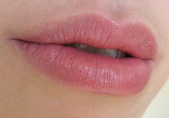 NARS Dolce Vita Lipstick Lips Closeup