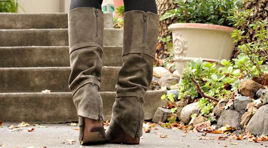 fergie fallen boots