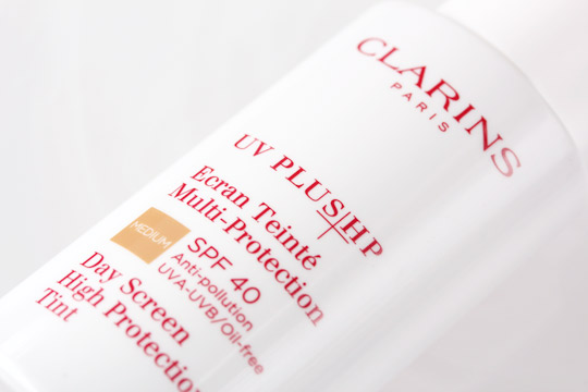 clarins day screen high protection tint bottle standing