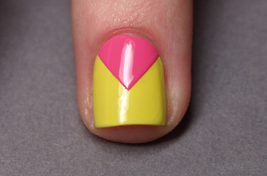 Chevron nails: step 4