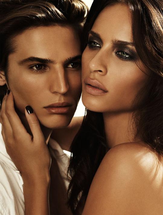 Becca Cosmetics Balearic Love