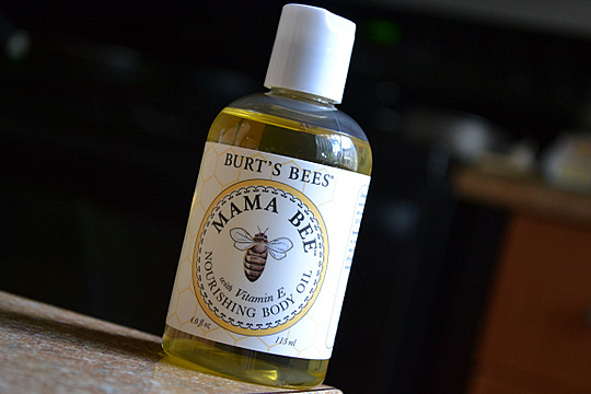burts-bees-mama-bee-body-oil