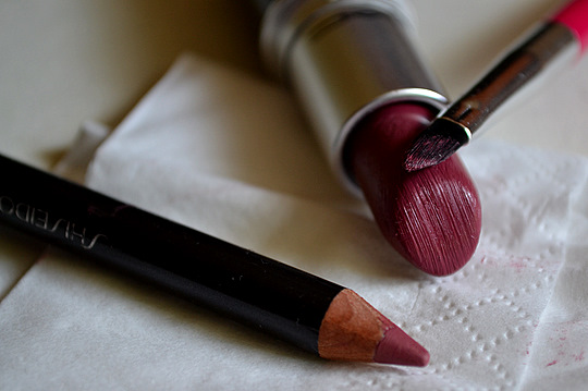 A fill-in colour with a lip liner