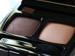 Chanel Ombres Contrastes Duo in Sable-Emouvant