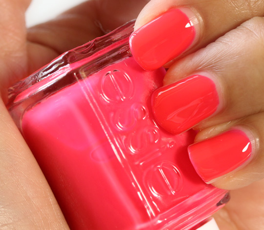 Best Bright Red Nail Polish: Essie Poppy Razzi Nail Polish Collection For Summer 2012