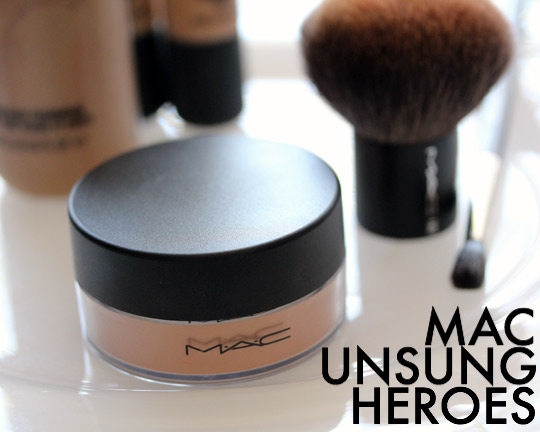 MAC Unsung Heroes: MAC Iridescent Powder/Loose in Golden Bronze