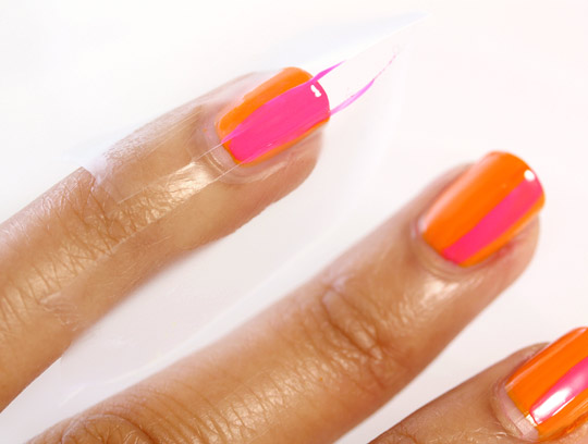 neon nails 4