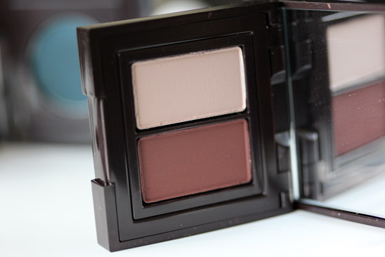 laura mercier suspense product shot