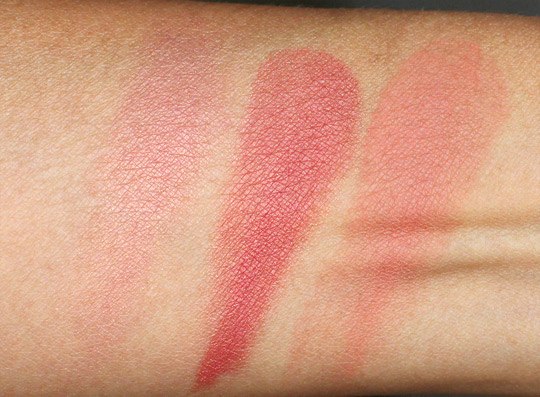 nars outlaw blush swatch