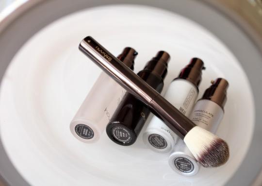 hourglass foundation blush brush no 2 product shot