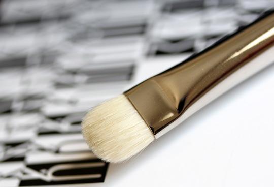 mac 239 eye shader brush