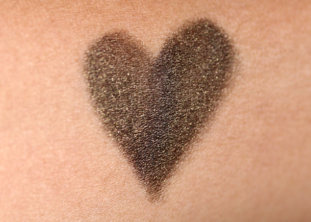 laura mercier black gold swatch