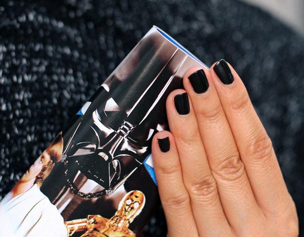 bobbi brown black pearl shimmer nail polish