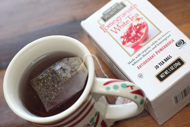 trader joes pomegranate white tea