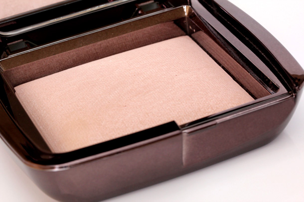 Hourglass Dim Light Ambient Powder