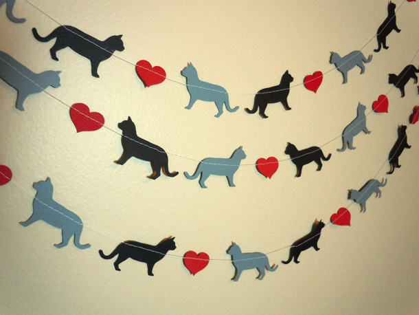 21 Cat Love Paper Garland