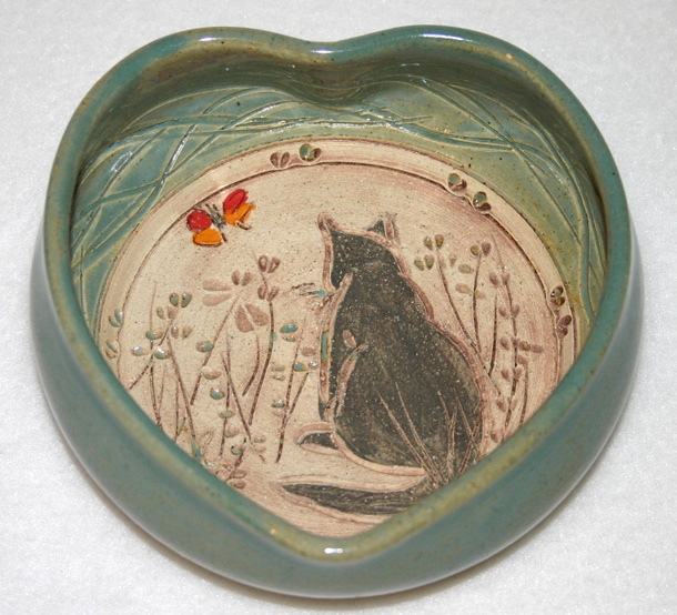 9 Pottery Cat Heart Bowl