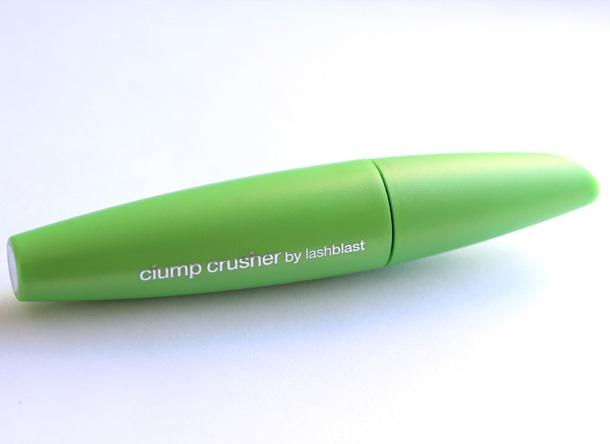 COVERGIRL Clump Crusher Mascara