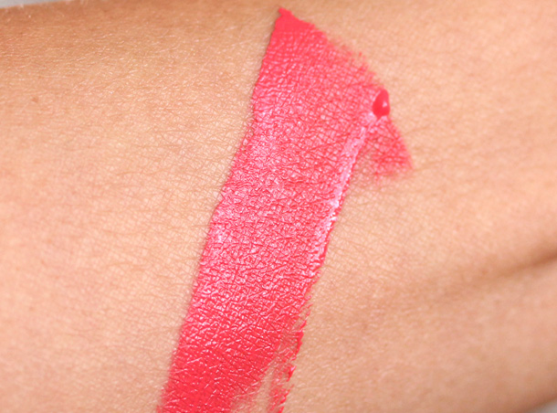 Hourglass Muse Opaque Liquid Lipstick Swatch